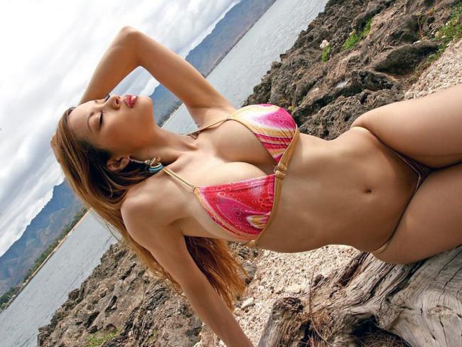 Having sex on nude beach